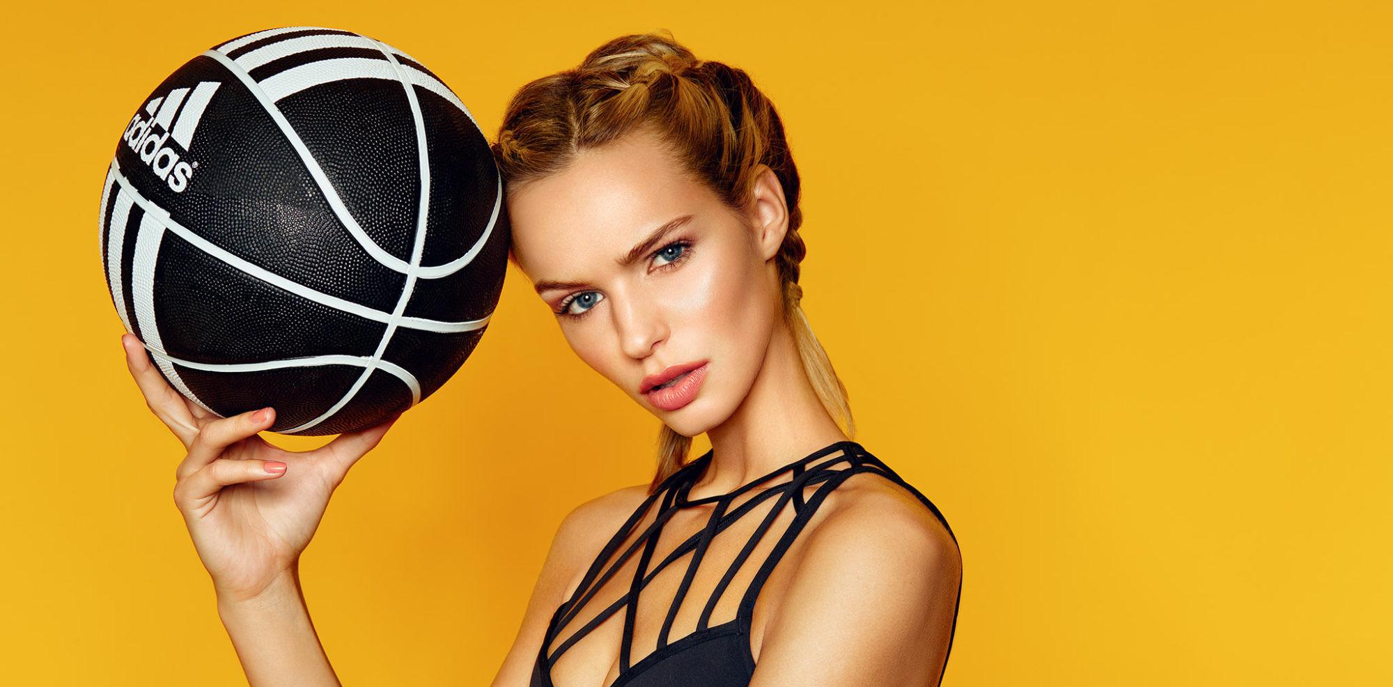 Boutique Retouching cropped-Annelie-sport-fashion-portrait-retouching-2 Blog / Learn